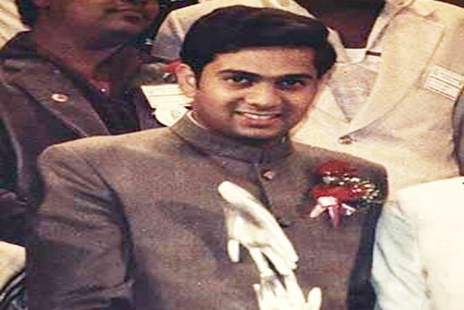 most qualified man india shrikant jichkar
