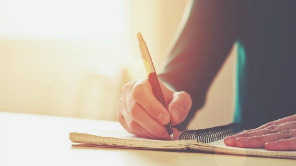 Tips to Maintain a Journal: